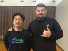 山城吉超さん(右)と泉コーチ